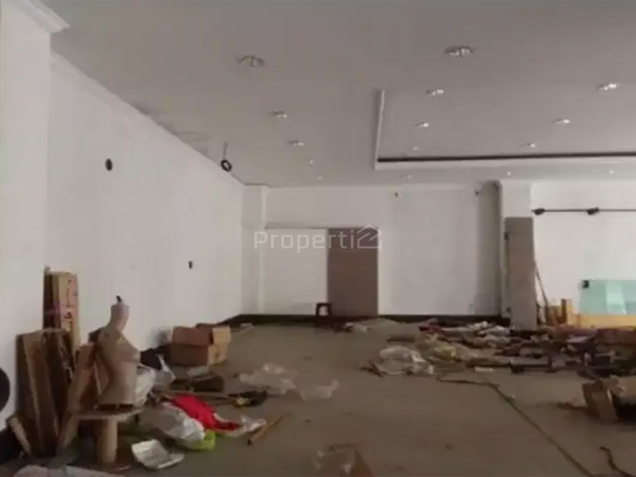 Bangunan Komersial di Kebayoran Baru, DKI Jakarta
