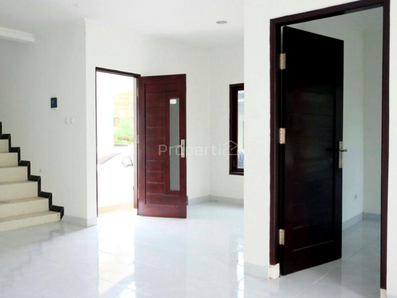 Rumah Baru di Sleman, Di Yogyakarta