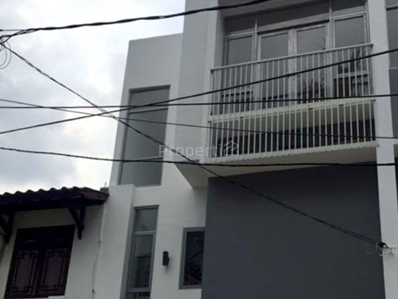 Rumah Baru Sederhana Nan Elegan di Pondok Indah, DKI Jakarta