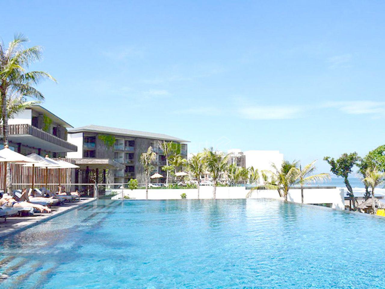 Hotel dan Resort Tepi Pantai di Seminyak, Bali, Bali