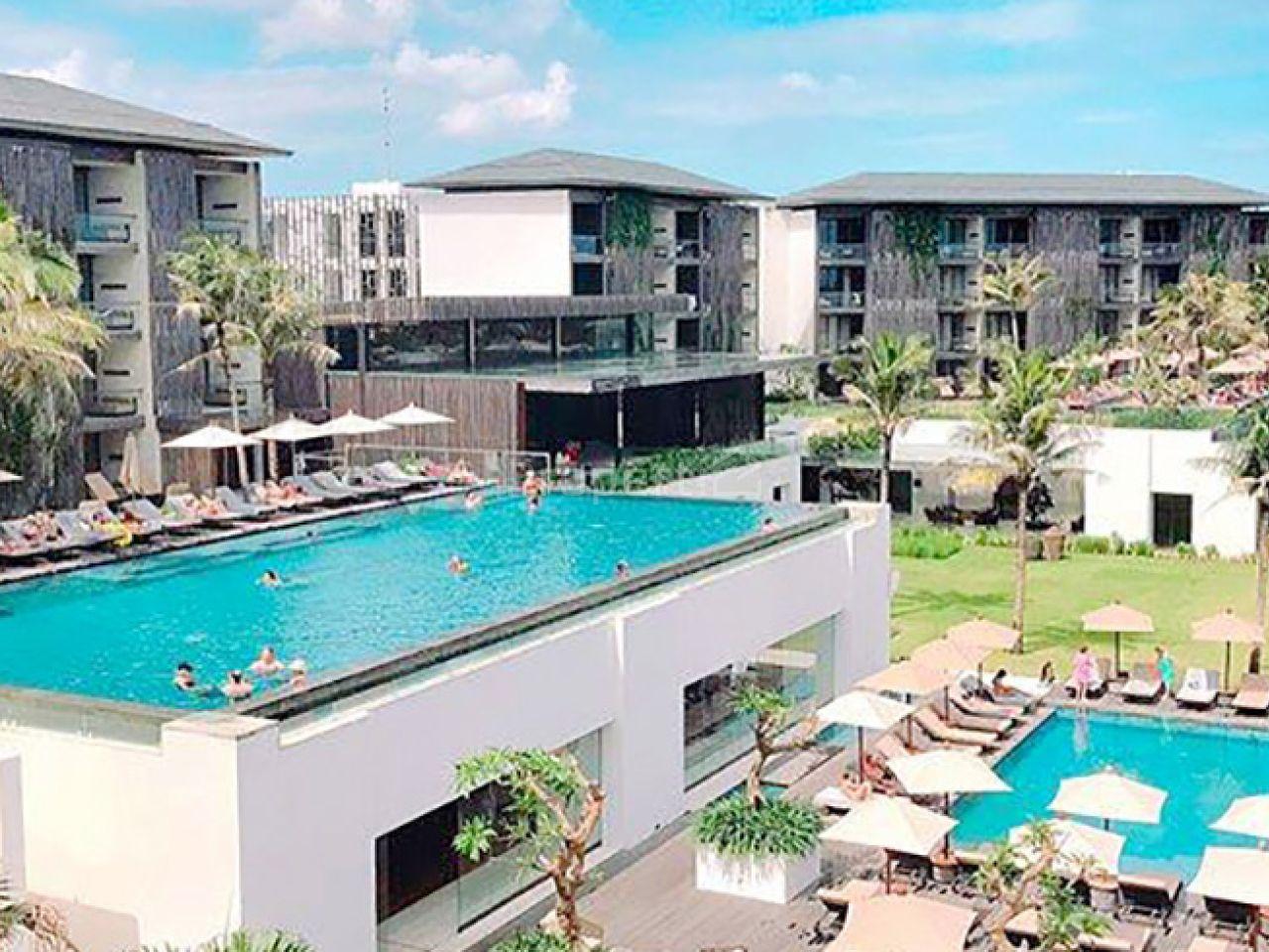 Hotel dan Resort Tepi Pantai di Seminyak, Bali, Kab. Badung