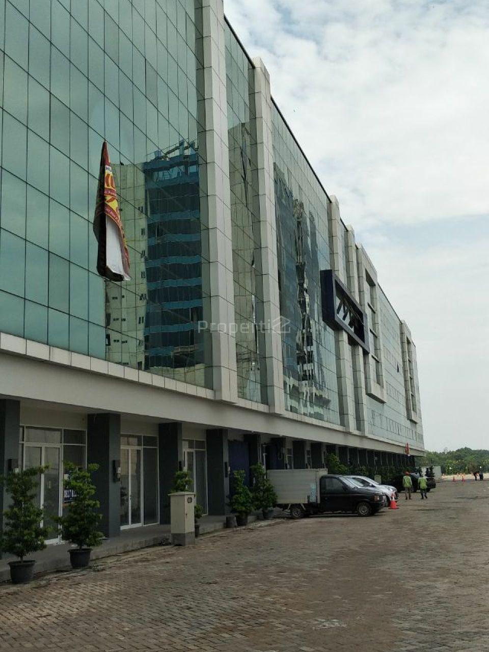 Ruko Kawasan Pusat Bisnis di Pantai Indah Kapuk, DKI Jakarta
