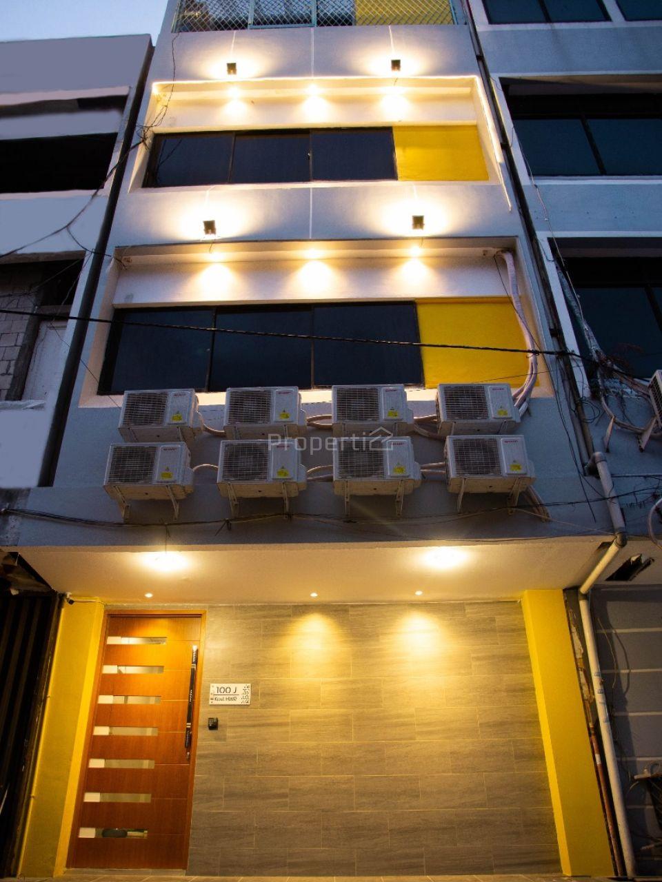 Shophouse as Boarding House in Hayam Wuruk, West Jakarta, DKI Jakarta