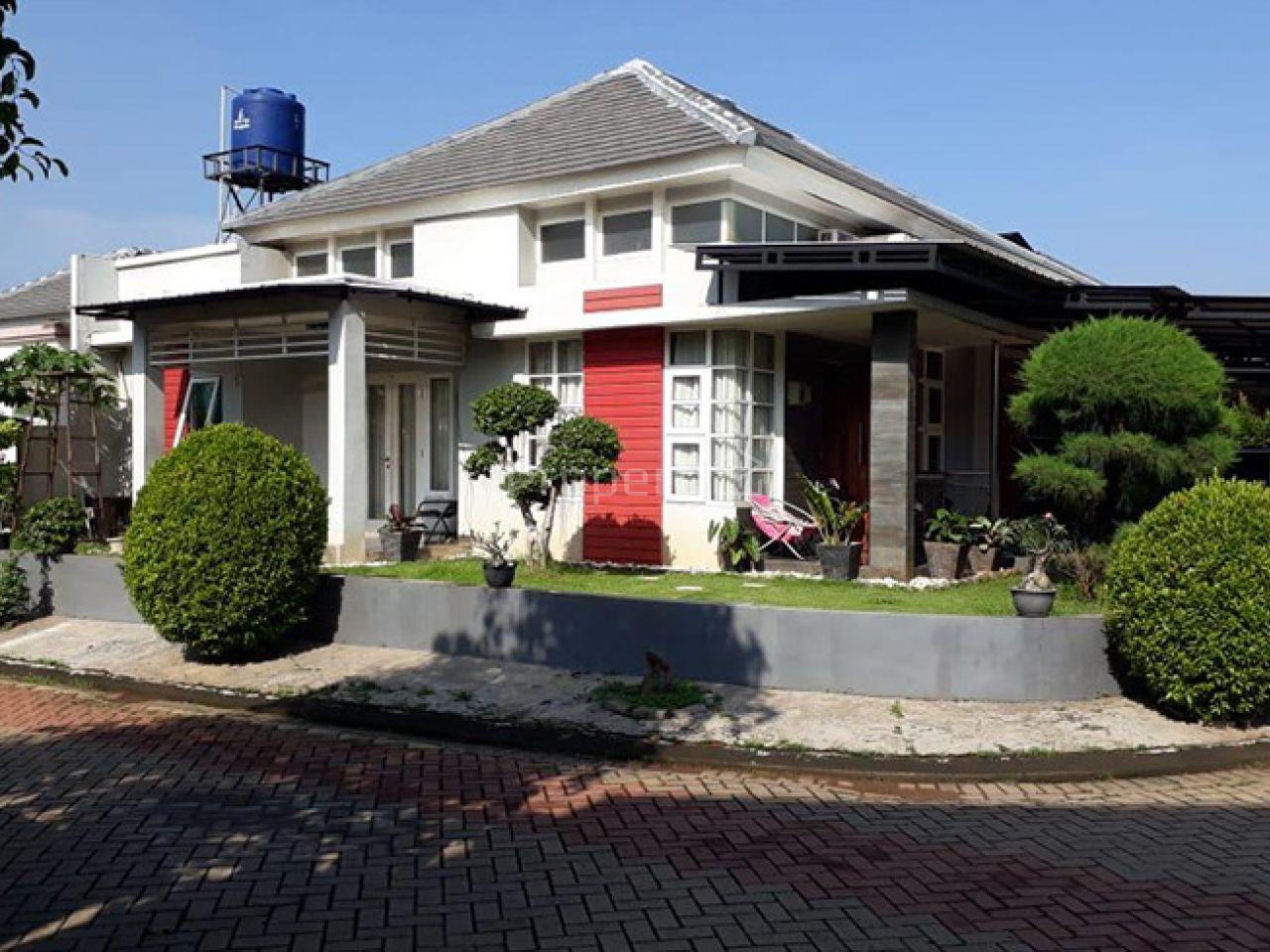 Rumah 2 Lantai dalam Cluster di Hunian Elite Cibubur, Jawa Barat
