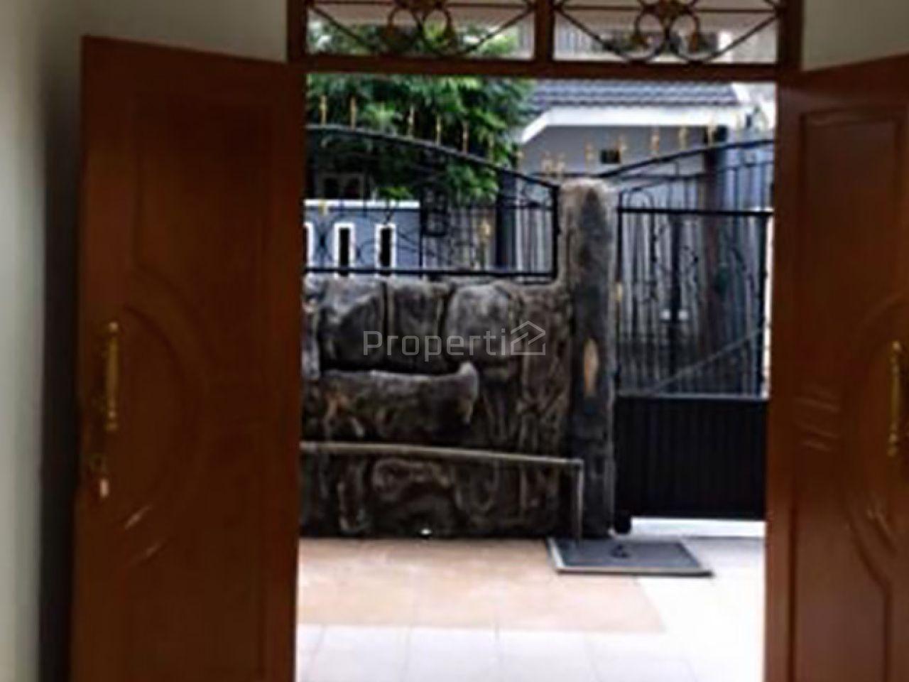 2-Storey House in Strategic Housing Around Tomang, DKI Jakarta
