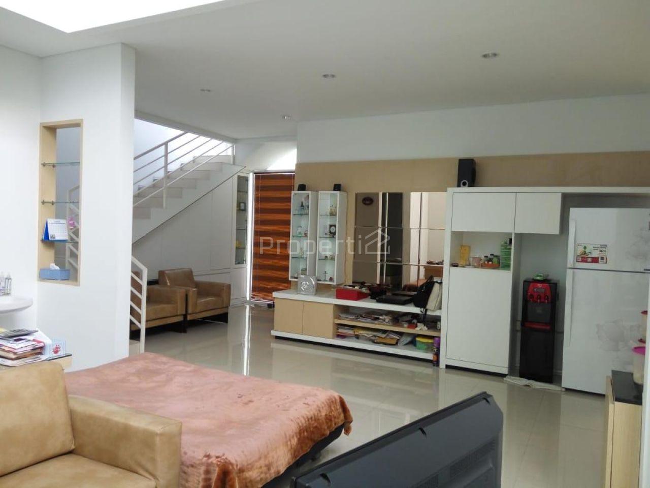 Rumah Baru 2 Lantai di Kompleks Nuansa Pegunungan, Setiabudi, Jawa Barat