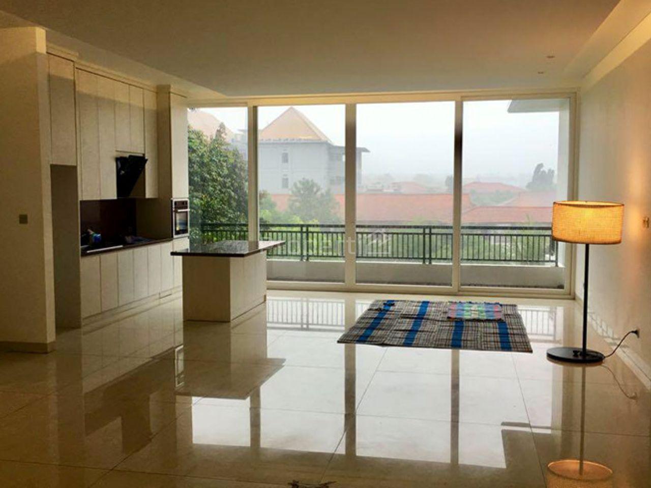 Rumah Baru 3 Lantai dengan Kolam Renang di Lebak Bulus, DKI Jakarta