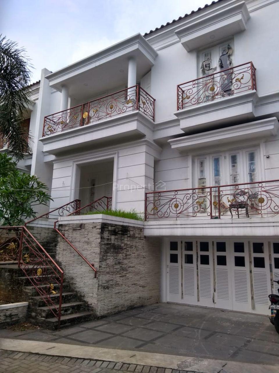 Rumah Baru dalam Cluster di Cilandak KKO, DKI Jakarta