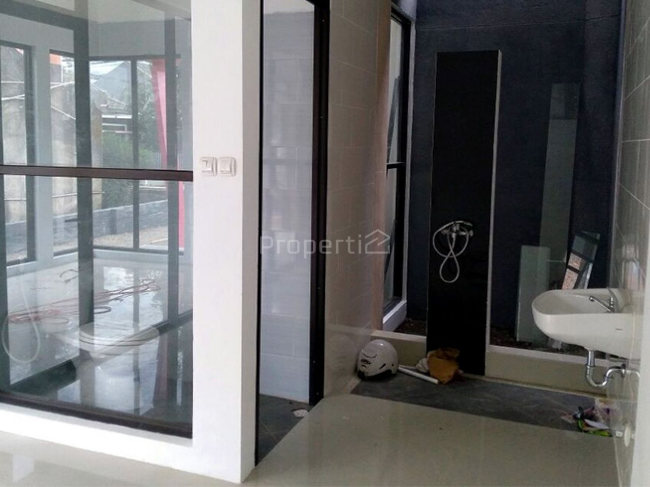 Rumah Baru Cisaranten Unit 2 di Sekitar Arcamanik, Kota Bandung