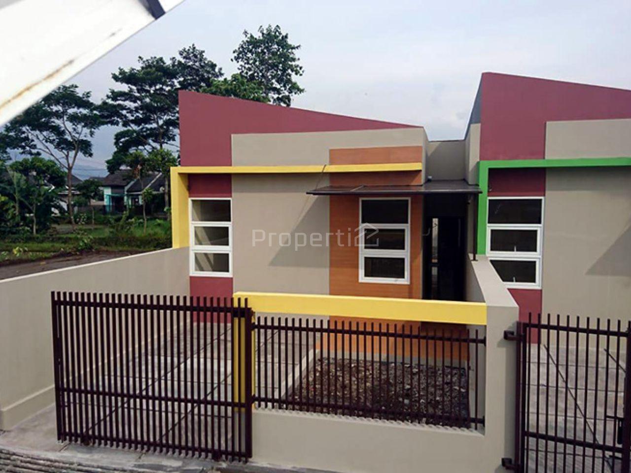 Rumah Baru Cisaranten Unit 3 di Sekitar Arcamanik, Jawa Barat