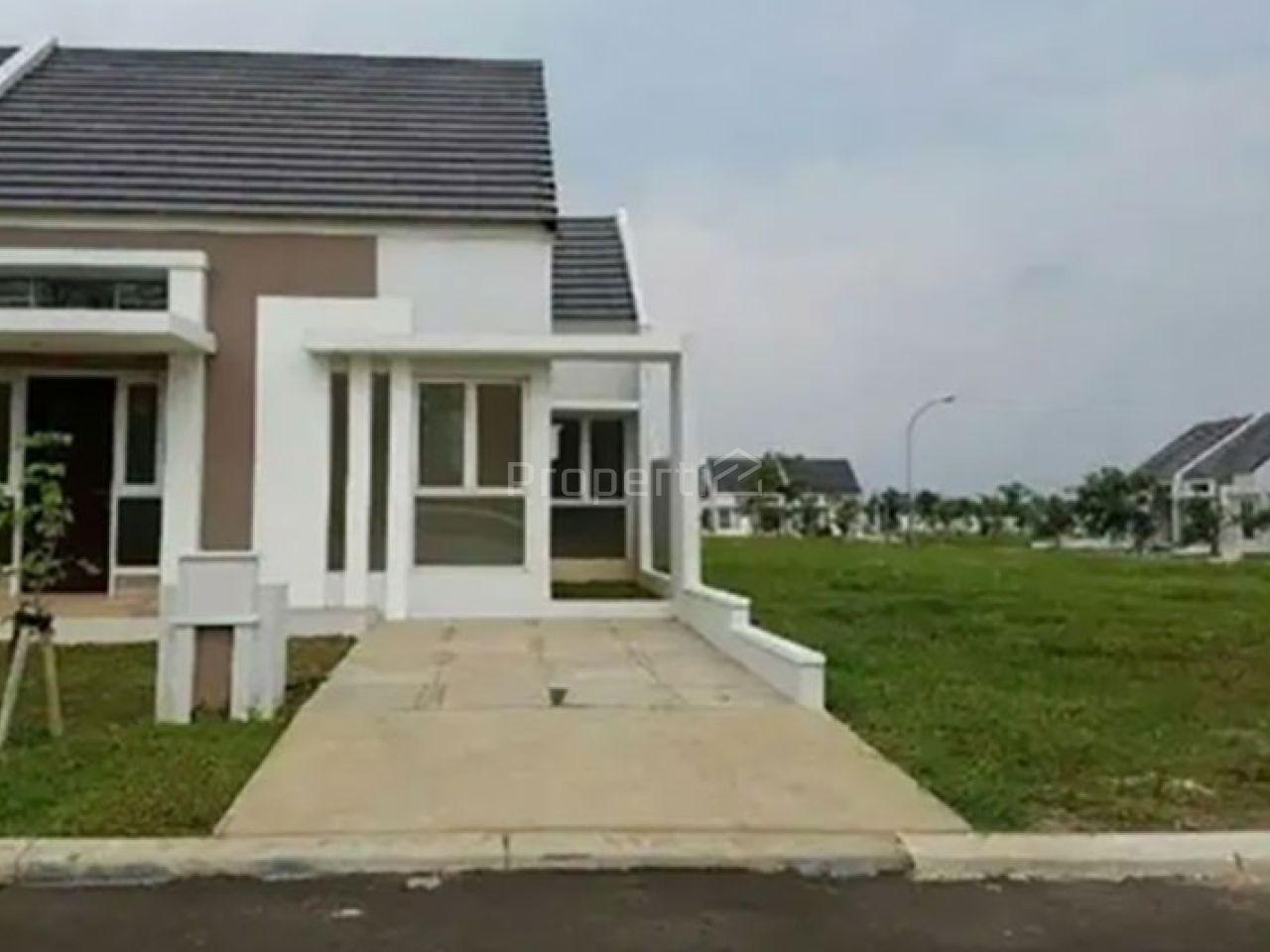 New House at Suvarna Sutera, Tangerang, Banten