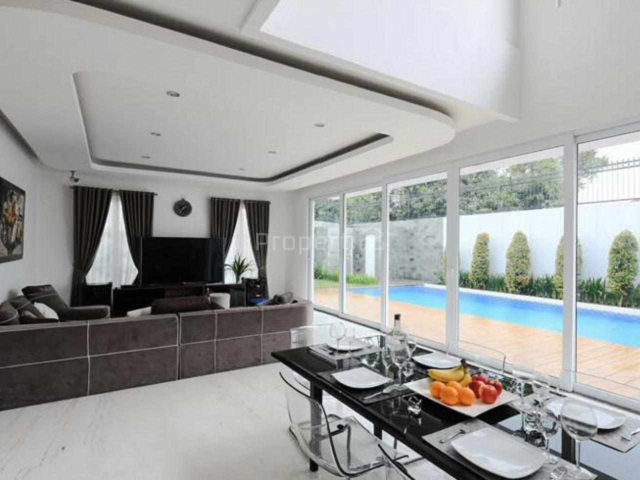 Rumah Baru Mewah Modern dengan Kolam Renang di Cipete, Jakarta Selatan