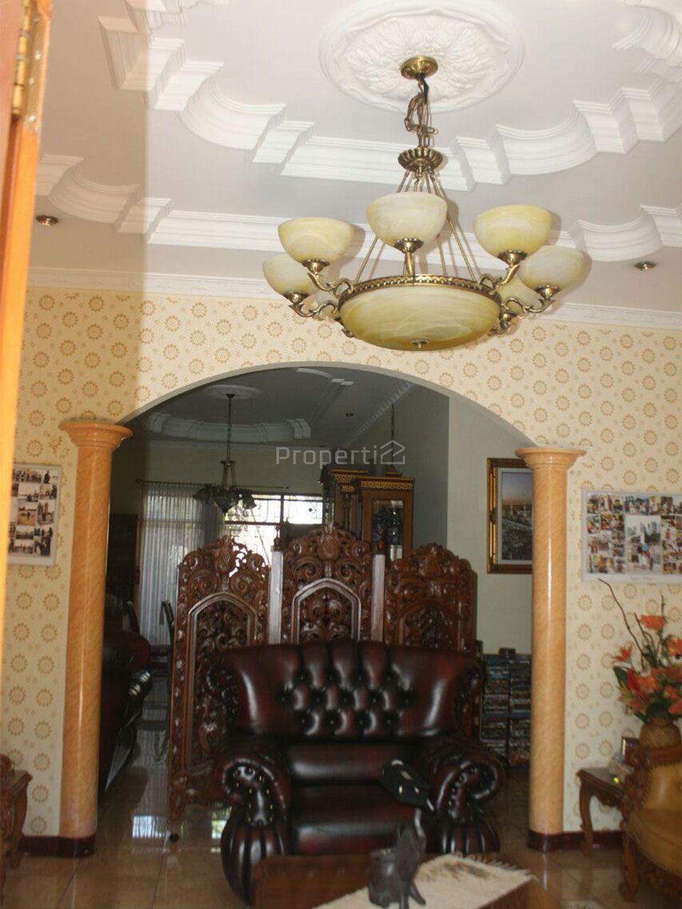 Rumah dan Lingkungan yang Eksklusif Sekitar Buah Batu, Kota Bandung