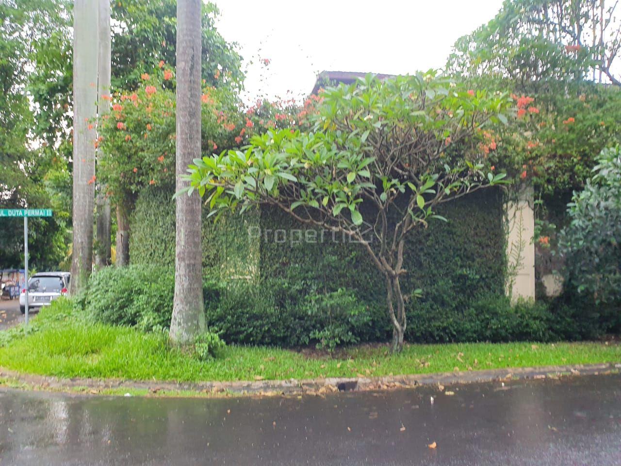 Rumah dengan Posisi Hook di Pondok Indah, Pondok Pinang, Kebayoran Lama