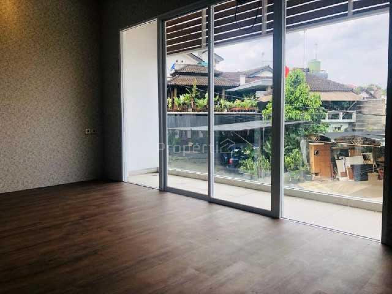 Rumah di Kawasan Elite dan Strategis di Sekitar Setra Murni, Sukasari