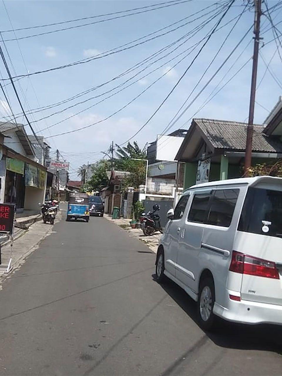 Old House at Jl. Praja, Kebayoran Lama, Jakarta Selatan