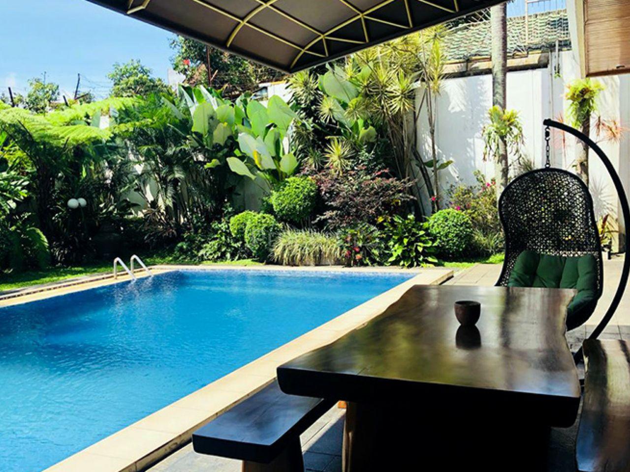 A Luxury House with Nature Environments Around Setiabudi, Kota Bandung
