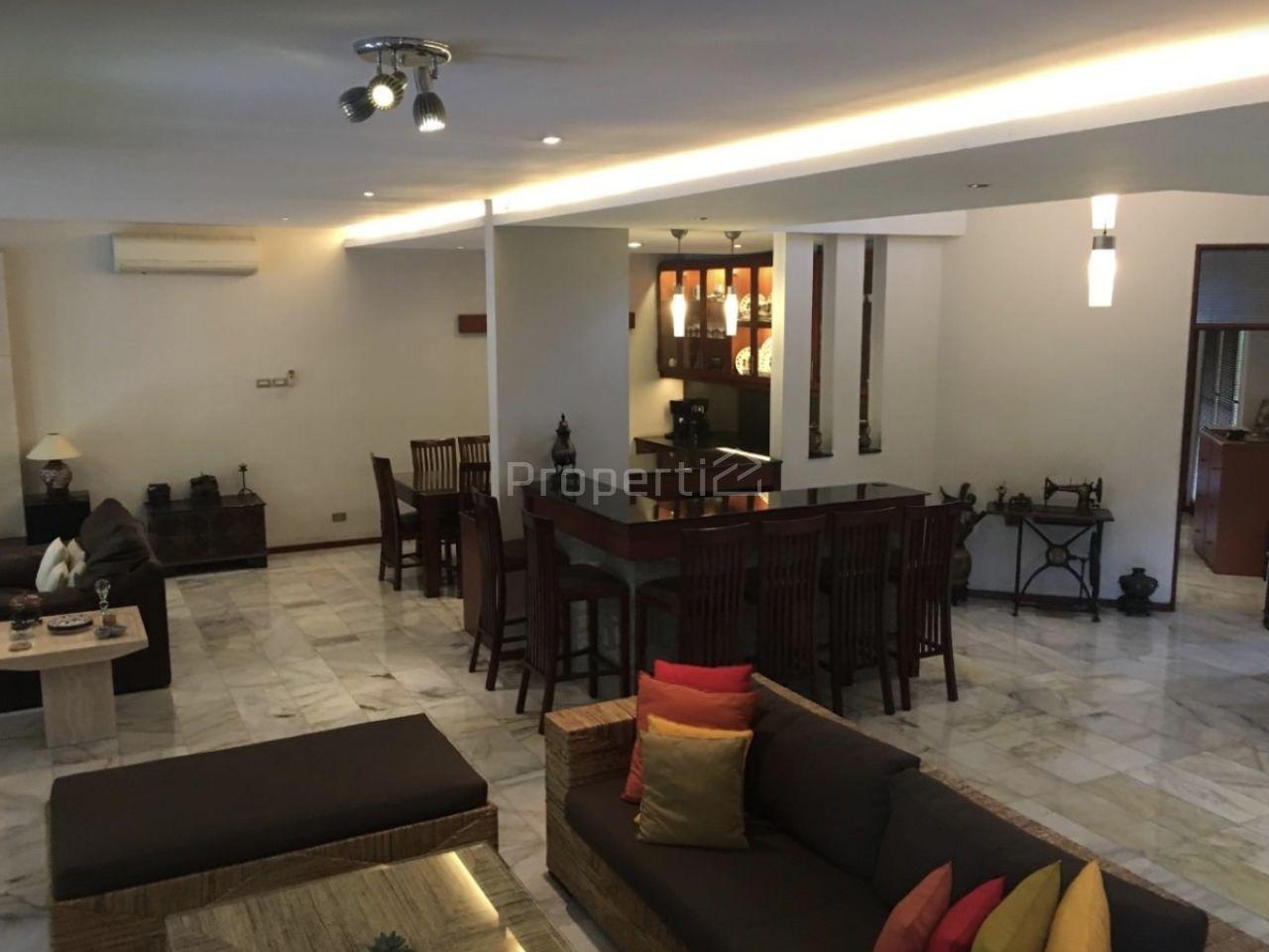 Luxury House in Complex in Cipete, DKI Jakarta
