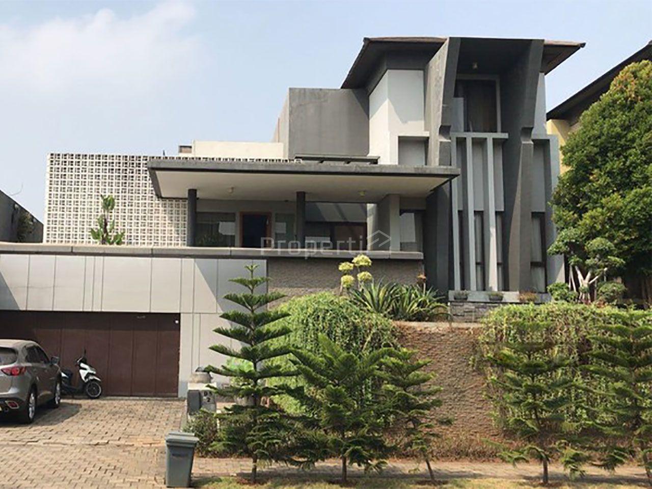 Rumah Mewah di Cluster De Brassia BSD City, Banten