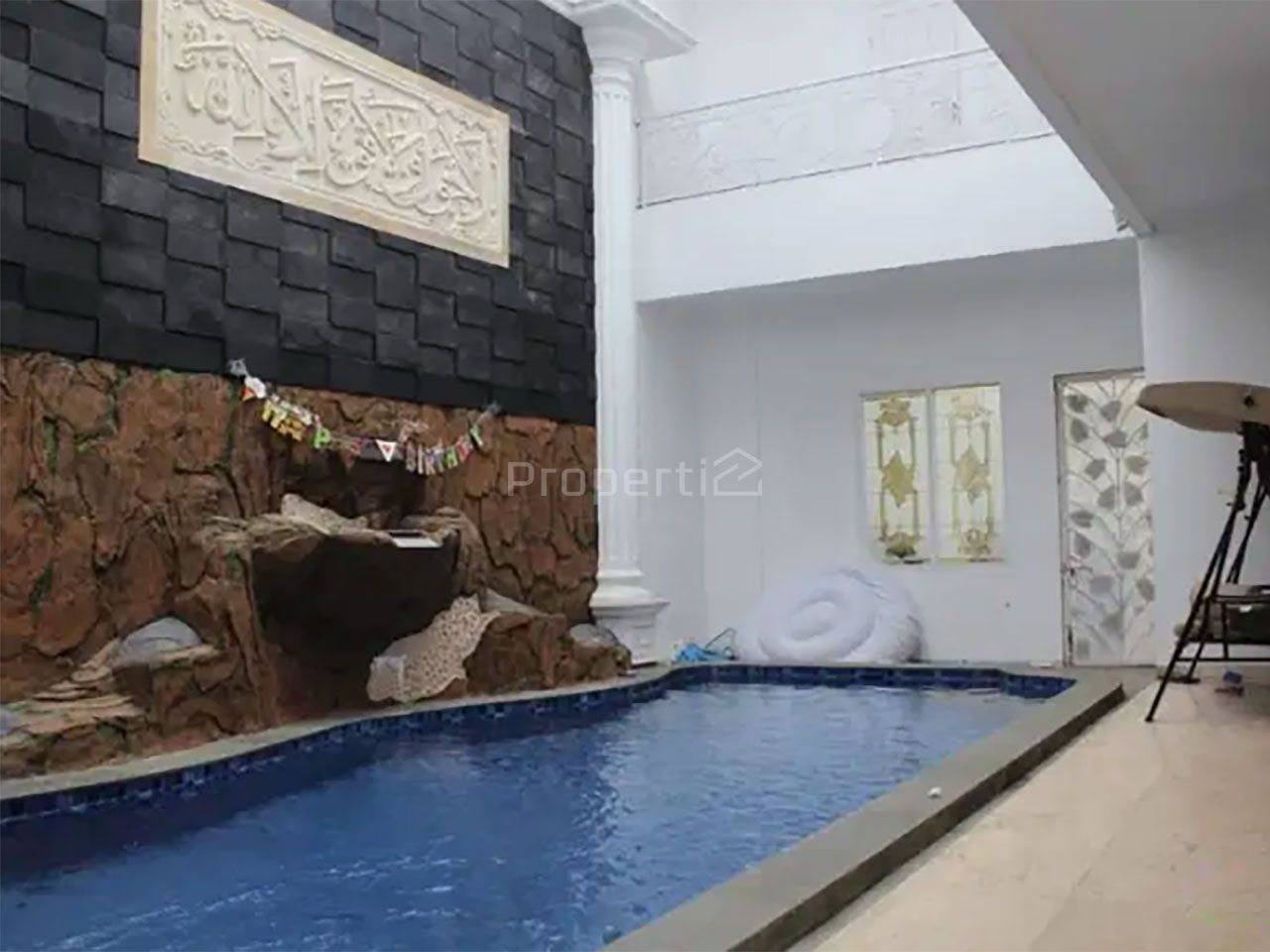 Luxury House in BILLYMOON Complex, Pondok Kelapa, Duren Sawit