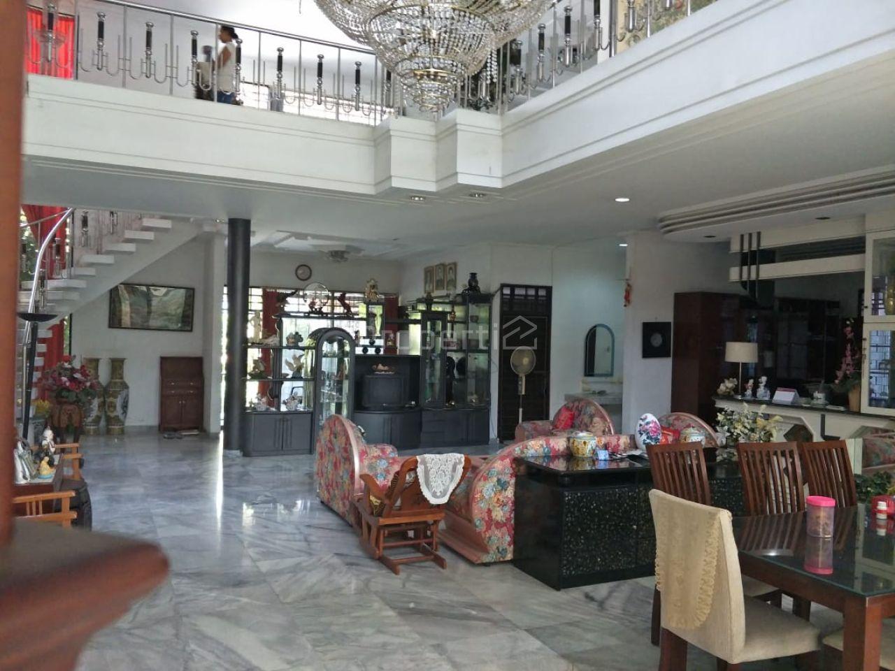 Rumah Mewah di Pusat Kota Denpasar, Bali