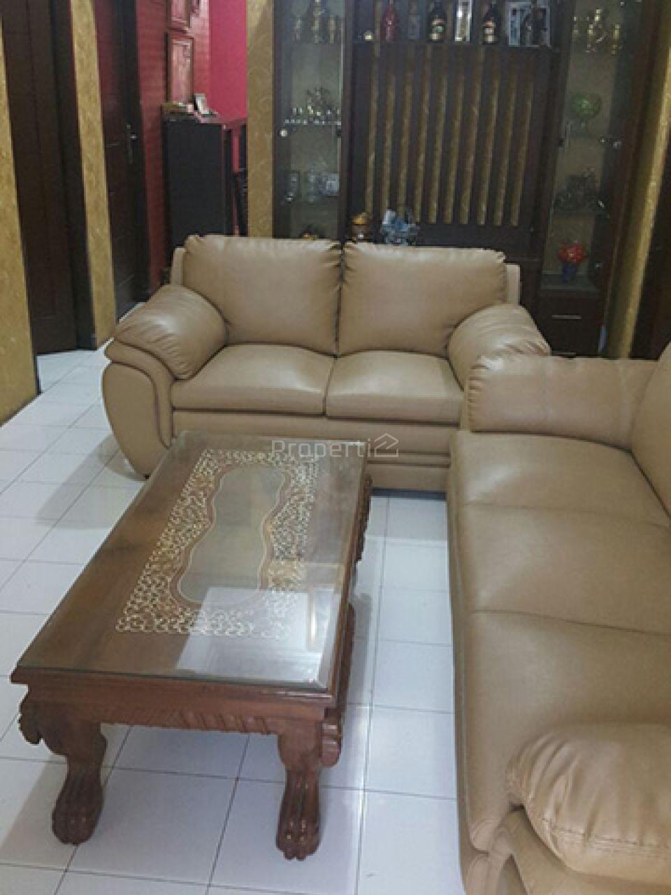 Minimalist and Strategic House in Condet, DKI Jakarta