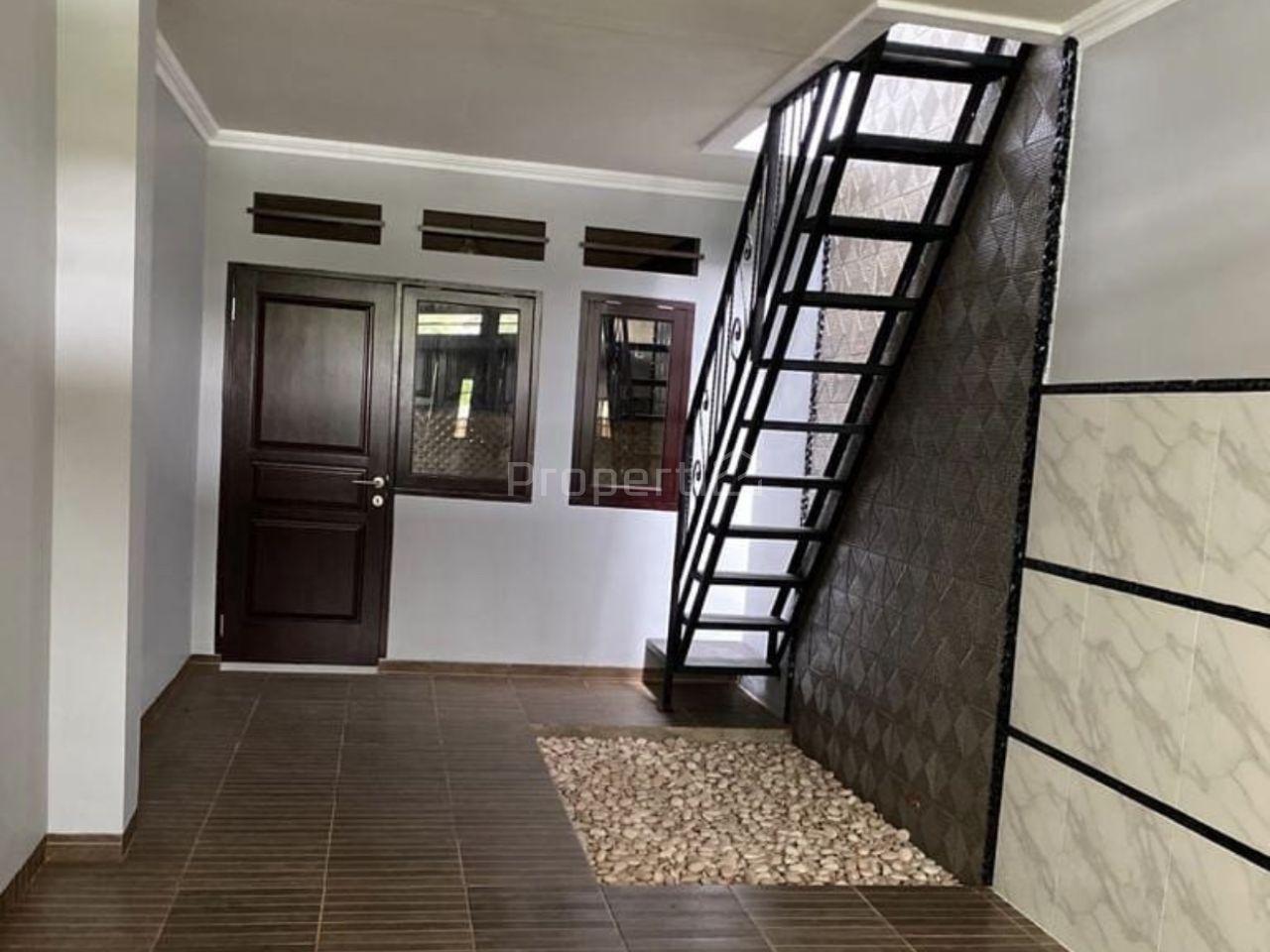 Minimalist House at Jatinegara, East Jakarta, Jatinegara