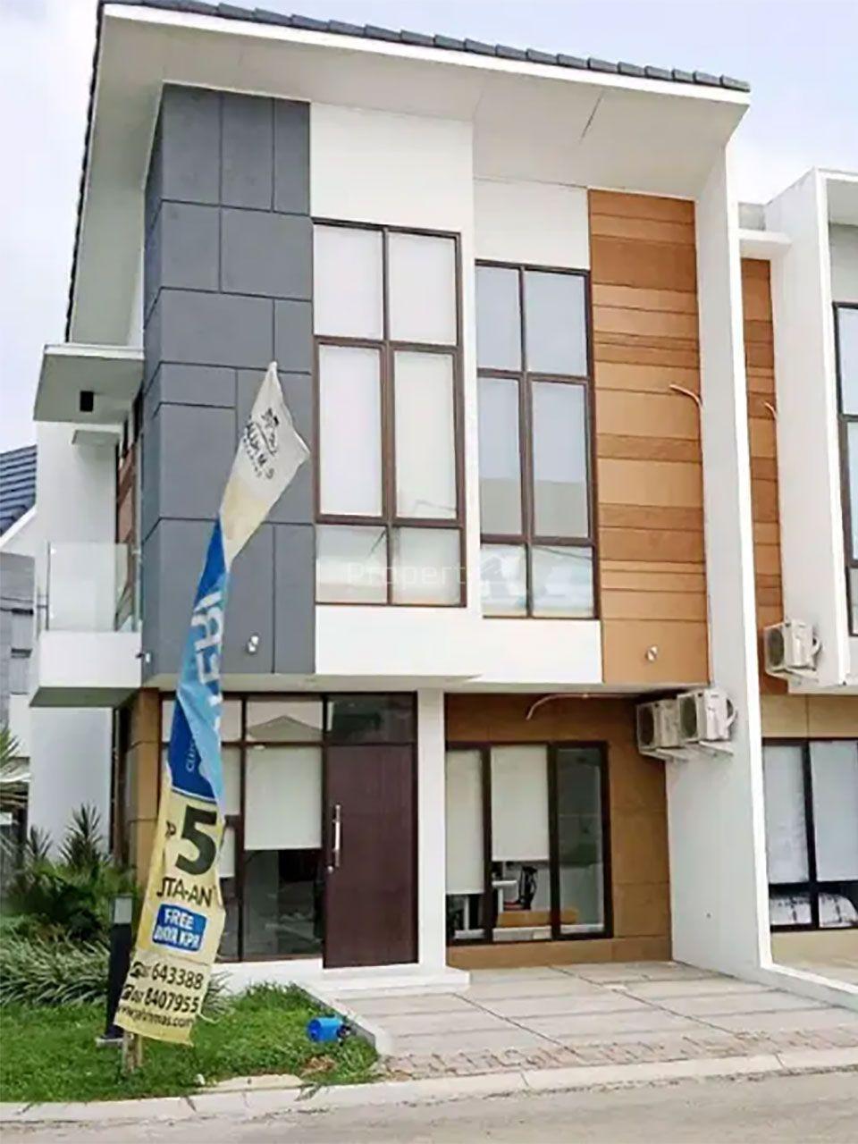 Modern Minimalist House in Cluster River Garden Galuh Mas, Jawa Barat