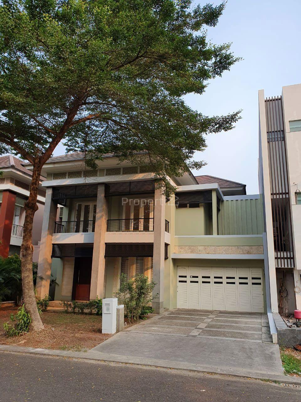 Rumah Modern 2 Lantai di Alam Sutera, Banten