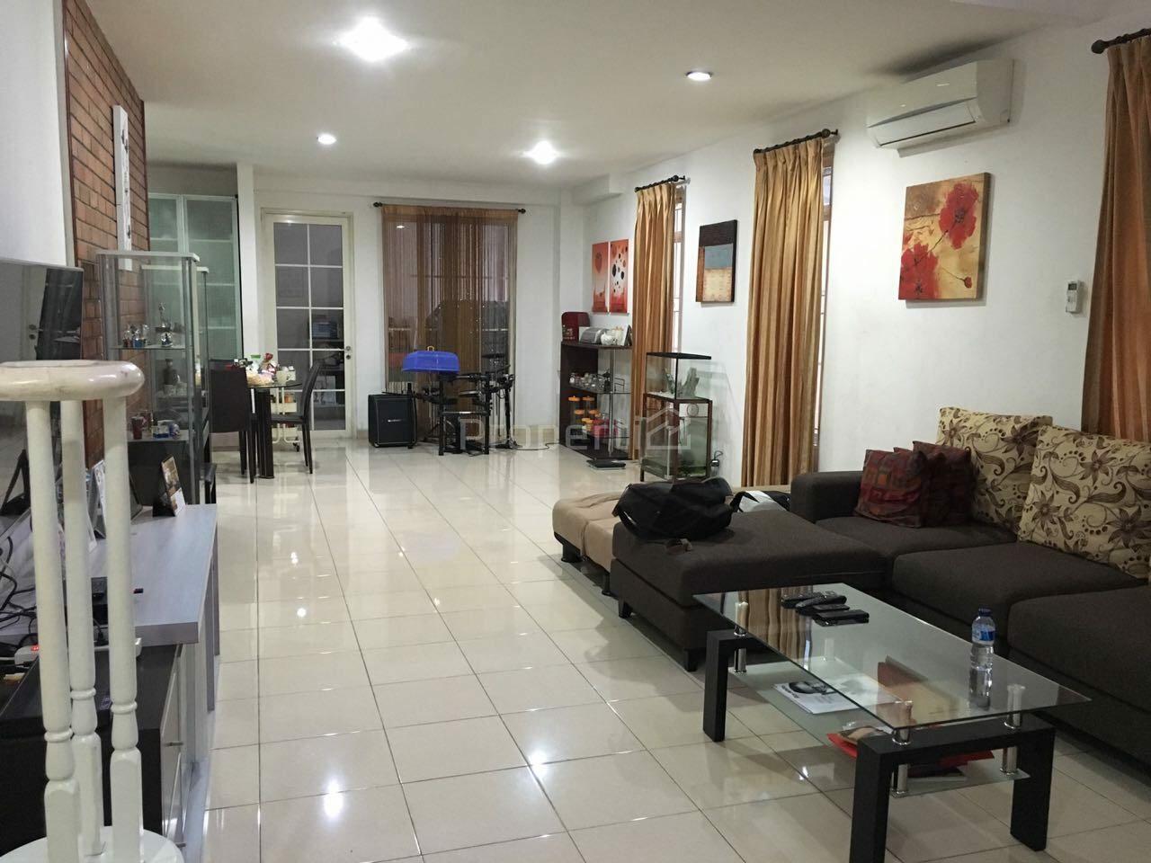 Rumah Perumahan di Lippo Karawaci Utara, Kota Tangerang