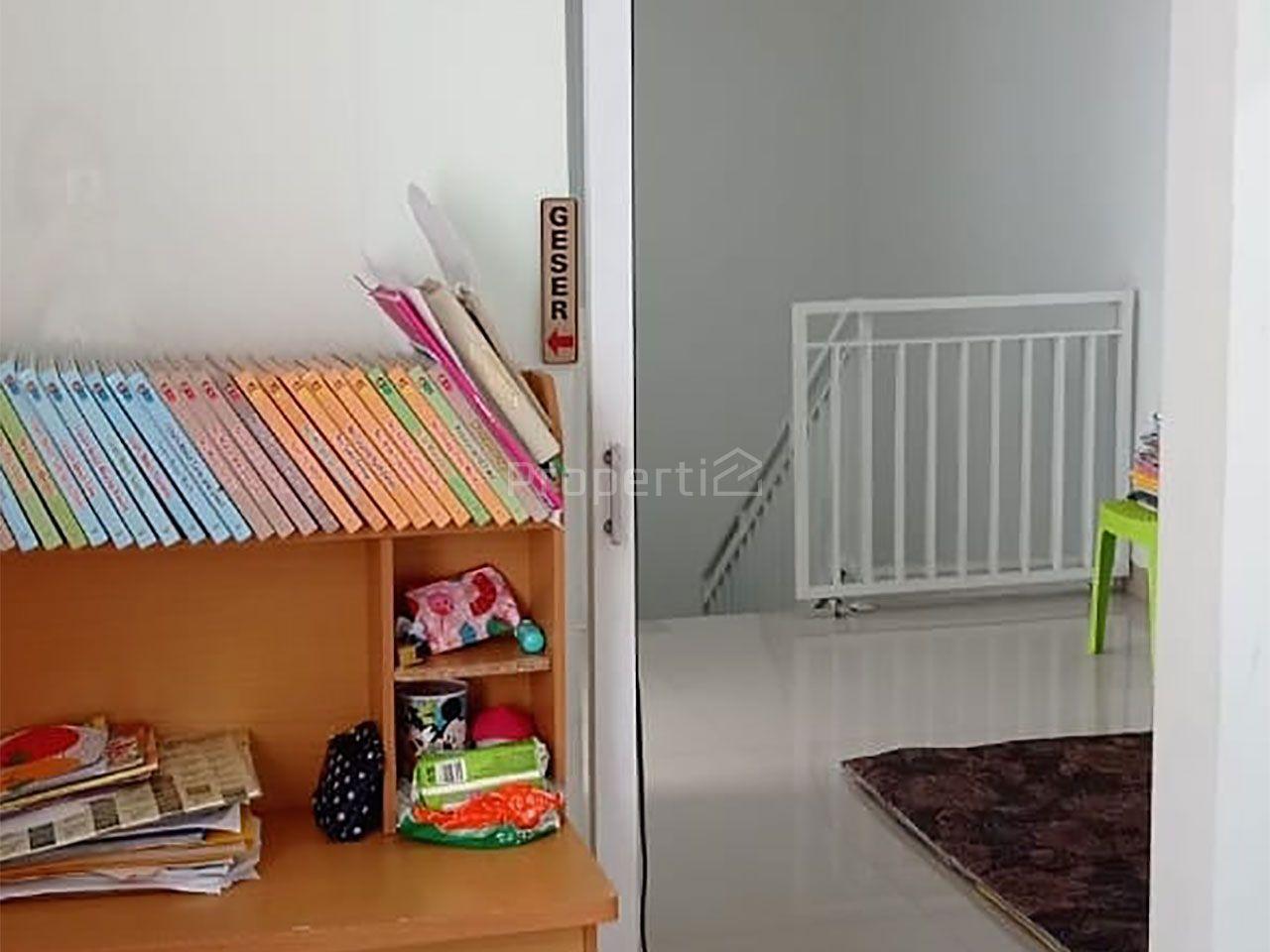 Strategic House at Rawa Buntu, Kota Tangerang Selatan