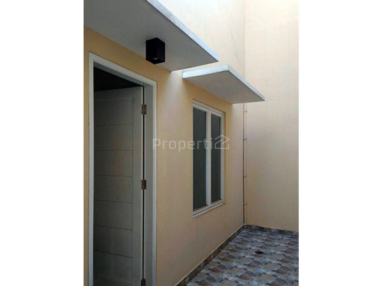 Rumah Baru 2 Lantai di Belakang Santa Maria Slipi, Tanah Abang