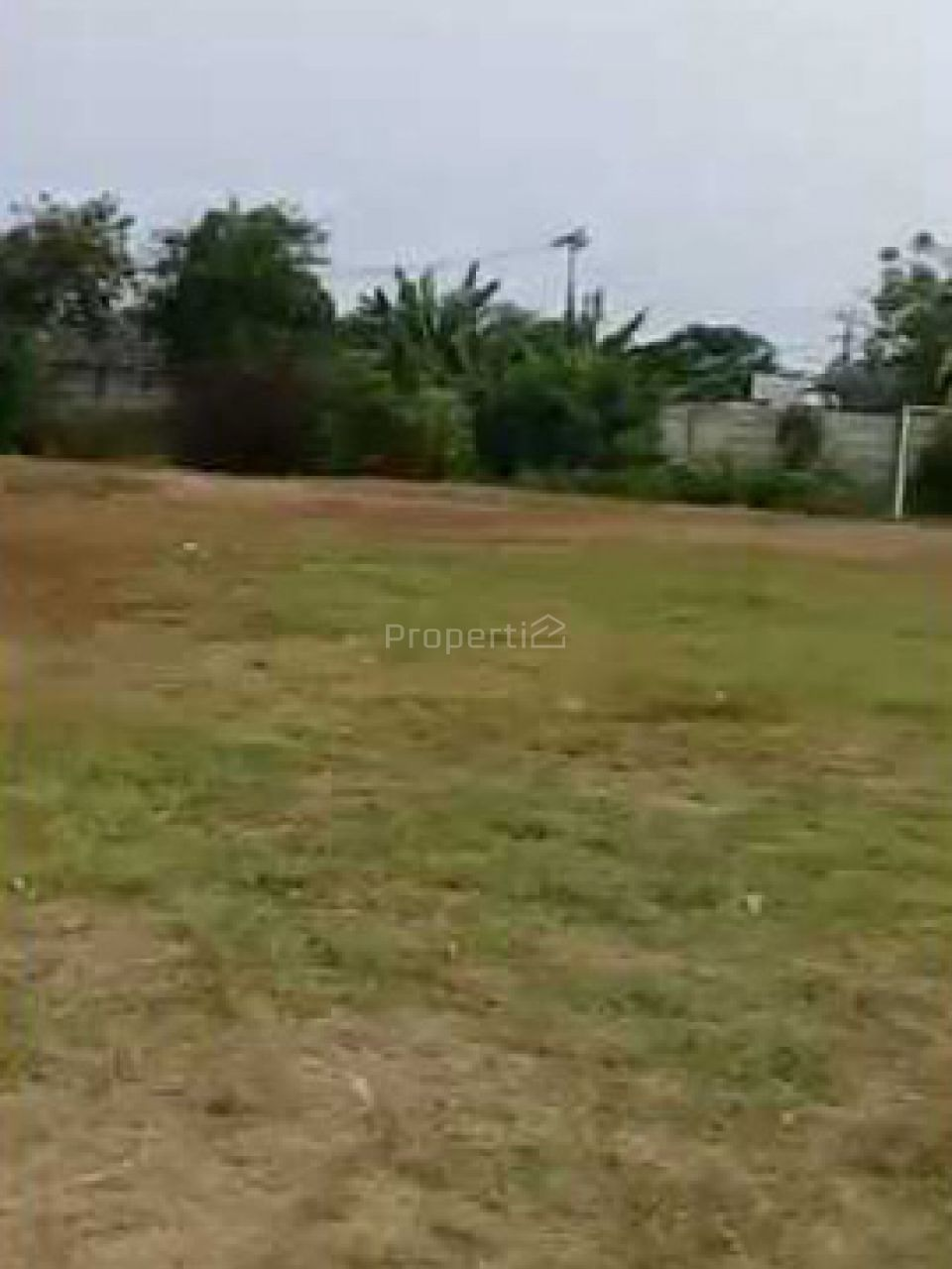 Tanah Lapang Komersial di Tangerang, Banten