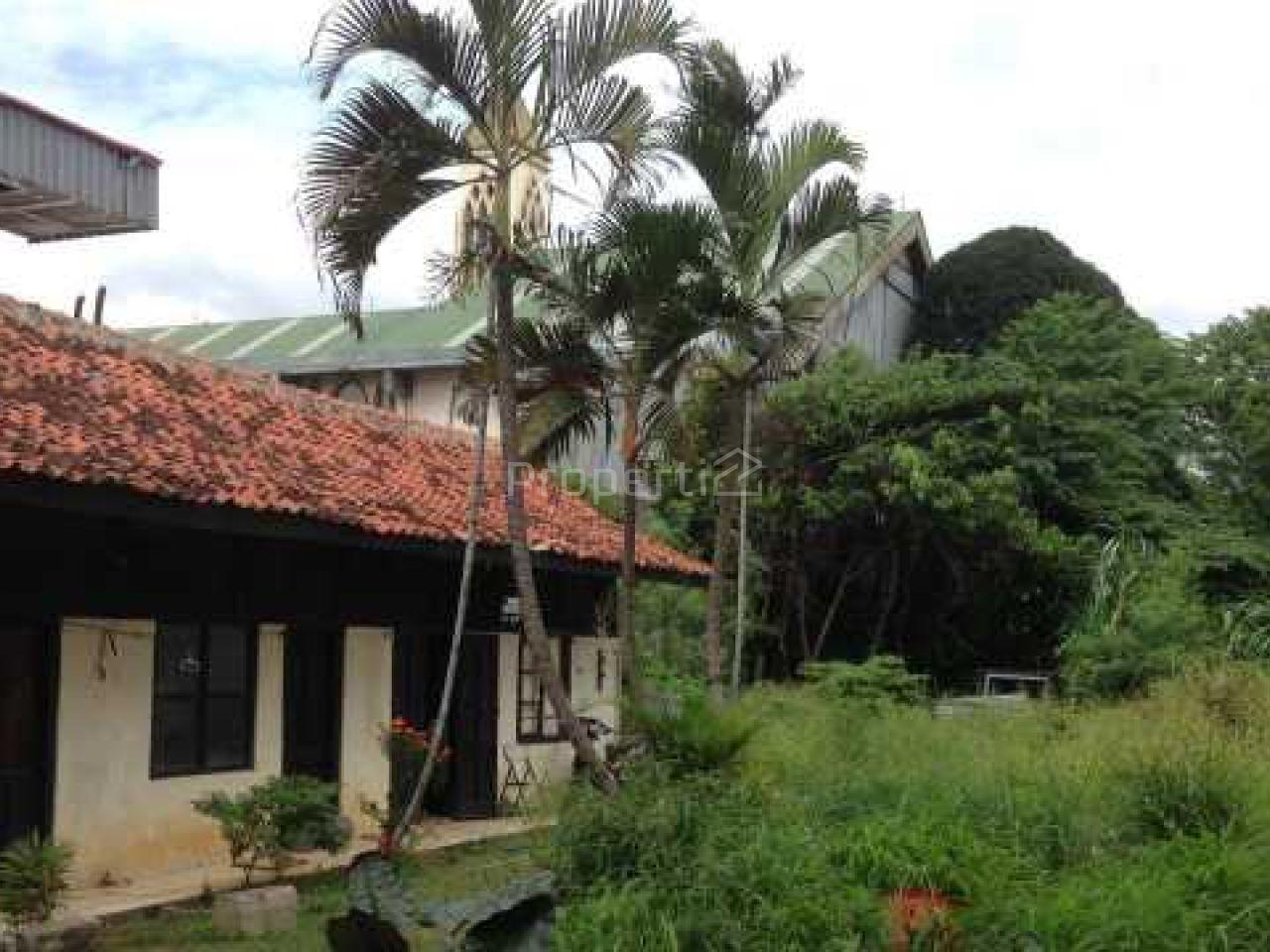 Tanah di Tengah Permukiman Sekitar Jatinegara, DKI Jakarta