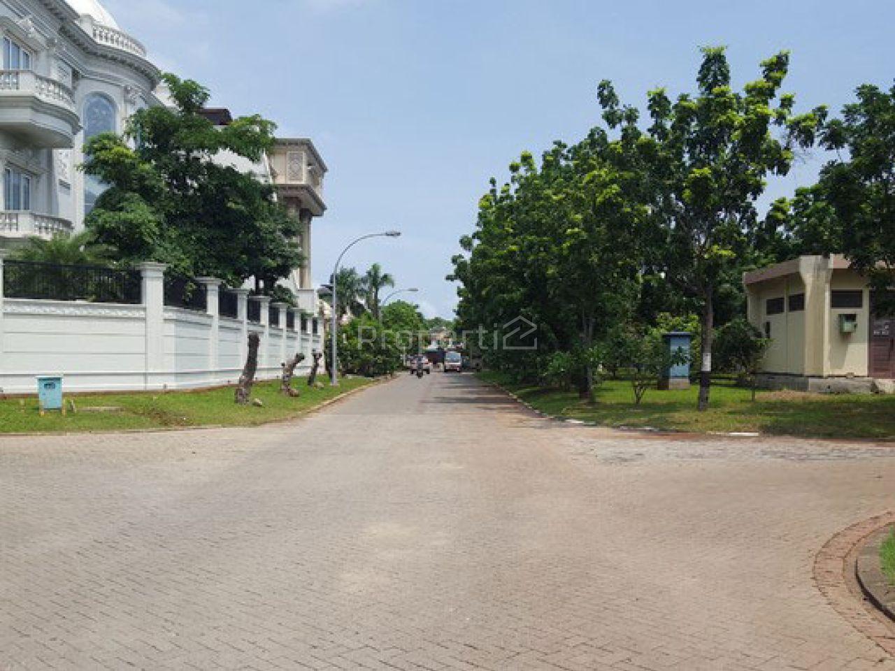 Tanah Kavling di Pantai Indah Kapuk, Jakarta Utara
