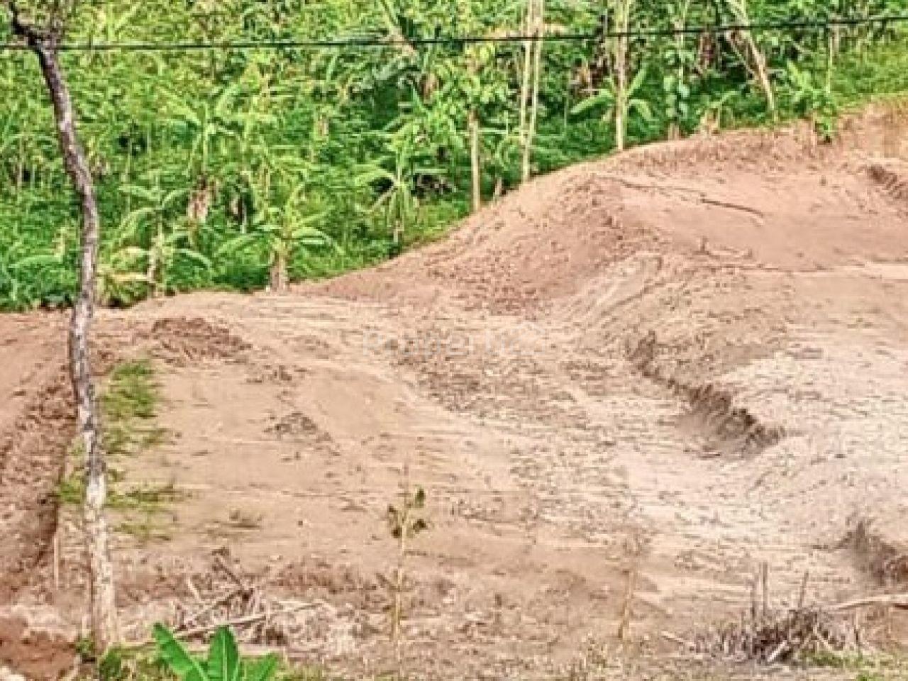 Plot Land in Sadeng, Gunungpati, Semarang, Kota Semarang