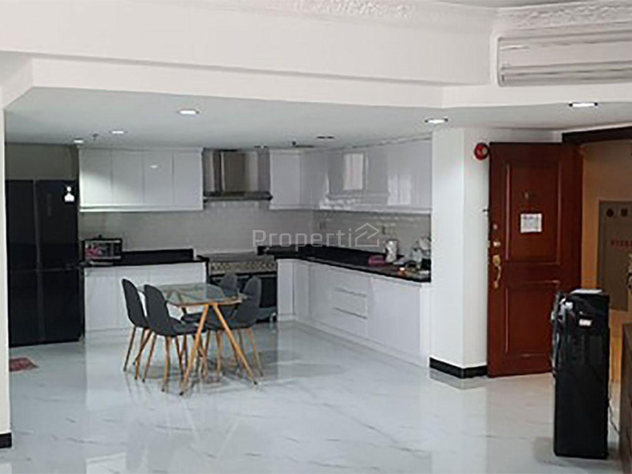 Unit Apartemen Brand New di Apartemen Taman Anggrek, Lantai 18, Jakarta Barat