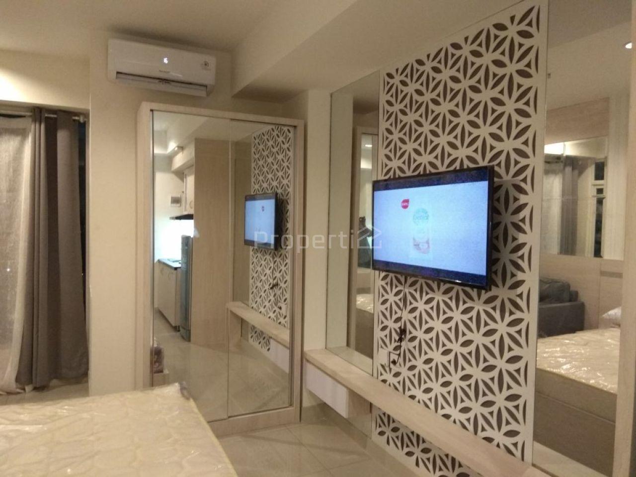 Fully Furnished Studio Unit on 9th Floor Grand Kamala Lagoon, Jawa Barat