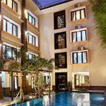 Hotel dan Villa Kontemporer di Area Seminyak