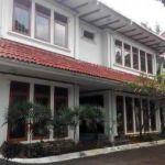 Rumah Posisi Hook di Lingkungan Real Estate Pondok Indah