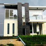 Rumah Baru Minimalis Modern 2.5 Lantai di Resor Dago Pakar
