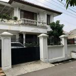 Strategic 2-Storey Mansion in Tomang