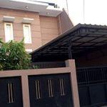 Rumah 2 Lantai dan Lingkungan Nyaman di Srengseng