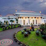 Rumah Istana di Kawasan Berbukit Sentul City