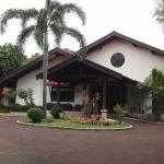 Rumah Istimewa dengan Kolam Renang di Cilandak