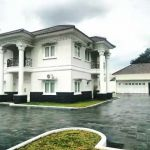 Rumah Istimewa di Pinggir Jalan Raya Kukusan Beji Depok