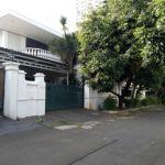 Rumah Luas di Perumahan Permata Hijau 1, Jakarta Selatan