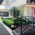 Rumah Mewah 2,5 Lantai Semi Furnished di Batununggal