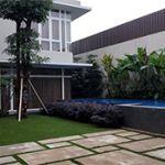 Rumah Istimewa 3 Lantai dengan Pool & Taman Luas di Setra Duta