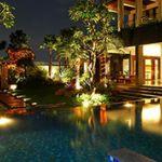 Rumah Mewah dengan Pool dan Taman Indah di Sekitar Setiabudi